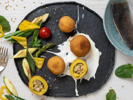 Gebackene-Kartoffelknödel-mit-Lachsforelle_GmundnerMilch