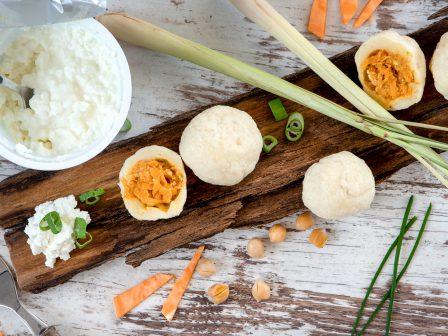 Süßkartoffel-Curry-Topfenknödel_GmundnerMilch